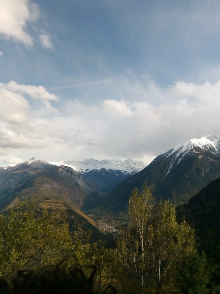 Drei Jungadler Mannschaften in drei Orten der französischen Alpen bei einem drei Tagesturnier!