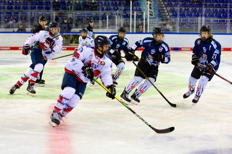 U17 kehrt mit zwei Auswärtssiegen aus Straubing zurück